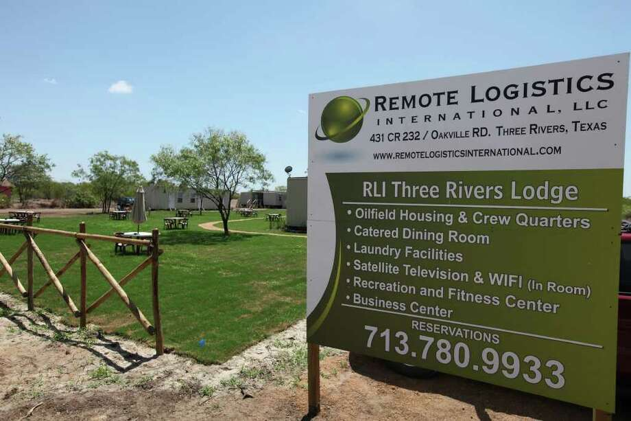 View of theThree Rivers Lodge. Photo: EDWARD A. ORNELAS, SAN ANTONIO EXPRESS-NEWS / © SAN ANTONIO EXPRESS-NEWS (NFS)