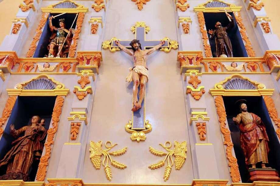 Detail of the retablo at Mission San José. Photo: EDWARD A. ORNELAS, Express-News / © SAN ANTONIO EXPRESS-NEWS (NFS)