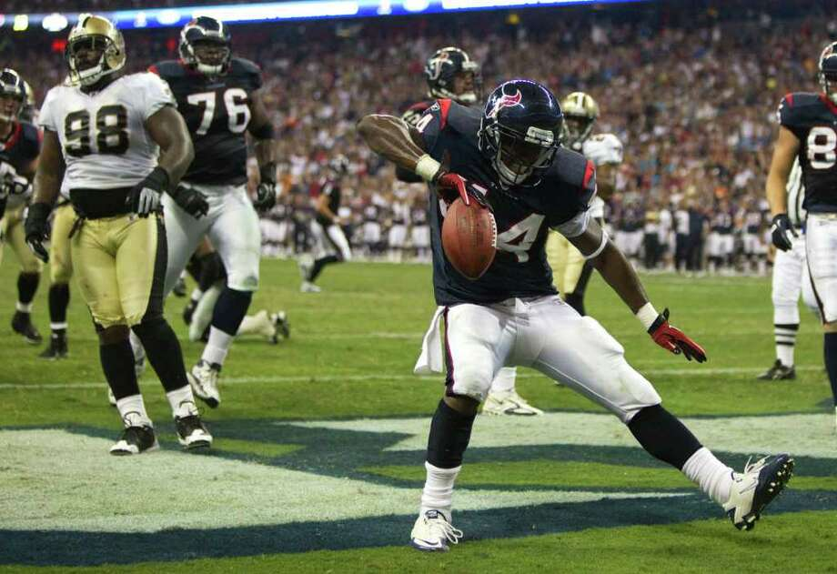 Houston Texans running back Ben Tate (44) celebrates his 4-yard touchdown run against the New Orleans Saints during the second quarter of an NFL preseason football game at Reliant Stadium Saturday, Aug. 20, 2011, in Houston.  ( Brett Coomer / Houston Chronicle ) Photo: Brett Coomer, Houston Chronicle / © 2011 Houston Chronicle