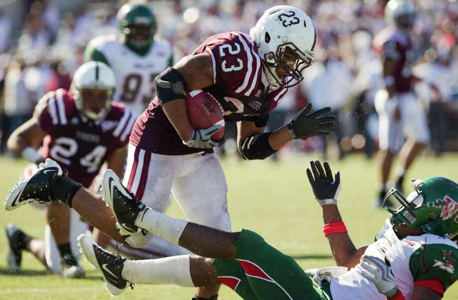 TSU running back Marcus Wright rushed for 1,212 yards and eight touchdowns in 2010. Photo: Smiley N. Pool, Staff / Houston Chronicle
