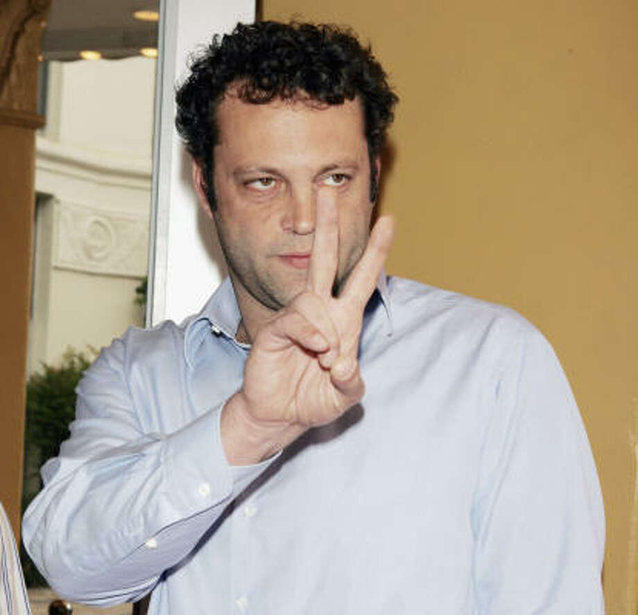 """""""I had the skin ripped off the back part of my thumb. The length of my thumb is the same but the back pad got ripped off in the car accident,"""" Vince Vaughn said of his imperfection. Photo: Kevin Winter, Getty Images"""