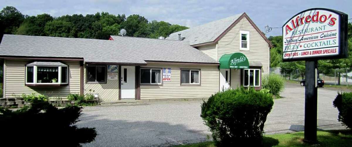 SPECTRUM/Alfredo's Restaurant has been serving patrons for 25 years at its Route 7 site in the Gaylordsville section of New Milford. August 2011