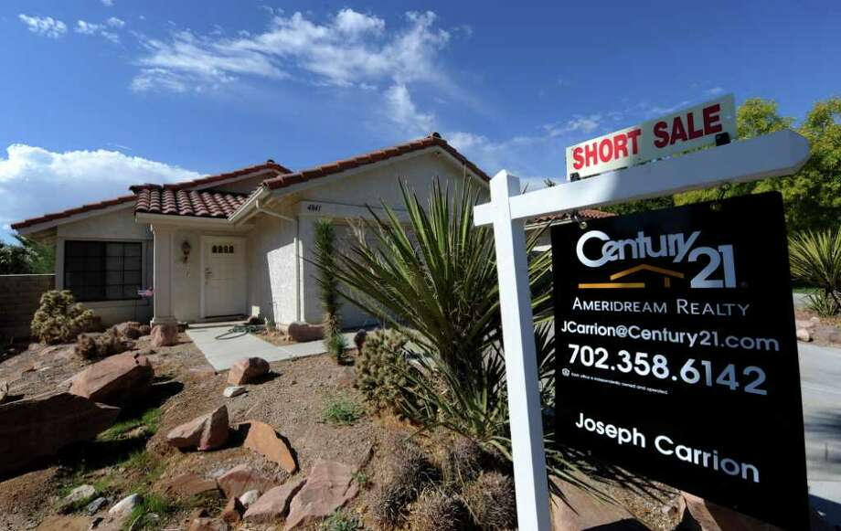 "A ""short sale"" home in the Spring Valley area in Las Vegas on October 15, 2010. Photo: MARK RALSTON, AFP/Getty Images / 2010 AFP"