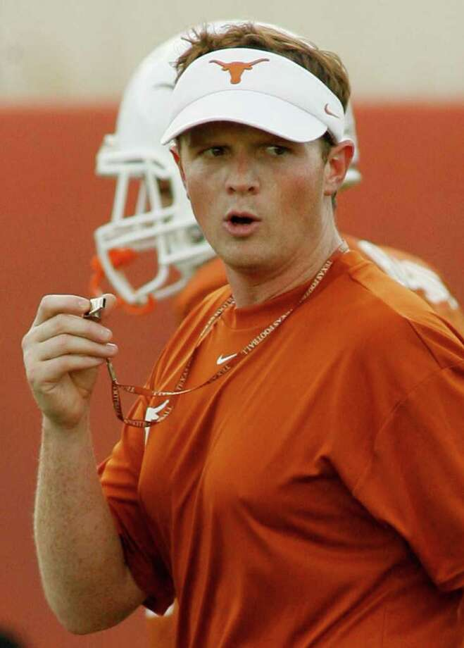 Texas running backs coach Major Applewhite is shown during a team workout Thursday, Aug. 7, 2008, in Austin. Texas. Although not the quarterbacks coach, Applewhite is often questioned about tutoring Longhorns quarterback Colt McCoy. Texas is set to host Rice Saturday.  (AP Photo/Harry Cabluck) Photo: Harry Cabluck, STF / AP