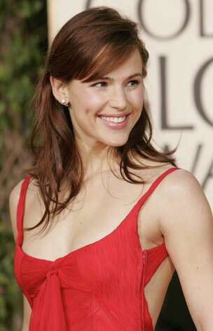 Jennifer Garner Photo: KEVORK DJANSEZIAN, AP / AP