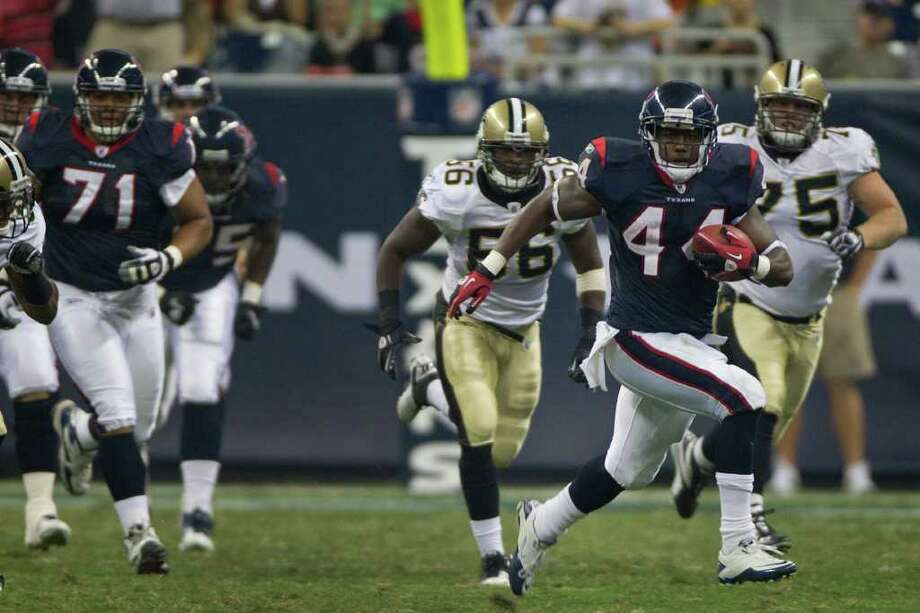 Ben Tate averaged 10.6 yards a carry and scored a touchdown against the Saints. Photo: Smiley N. Pool, Houston Chronicle / © 2011 Houston Chronicle
