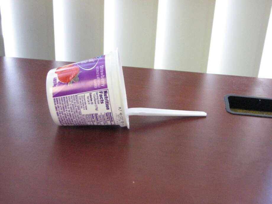 Yogurt down. Photo via Twitter/@DanTatLau Photo: Twitter/@DanTatLau