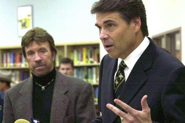 Gov. Rick Perry for decriminalization of pot - ExpressNews.com