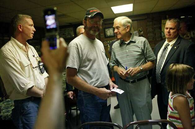 Congressman Ron Paul campaigns at the Northside Cafe in Winterset, IA on Saturday, August 27, 2011. Photo: LISA KRANTZ, LISA KRANTZ/lkrantz@express-news.net / SAN ANTONIO EXPRESS-NEWS
