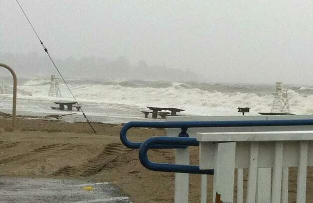 Waves pound Fairfield Beach Sunday morning as Hurricane Irene closed in on the coast of southwestern Connecticut. Photo: Genevieve Reilly / Fairfield Citizen