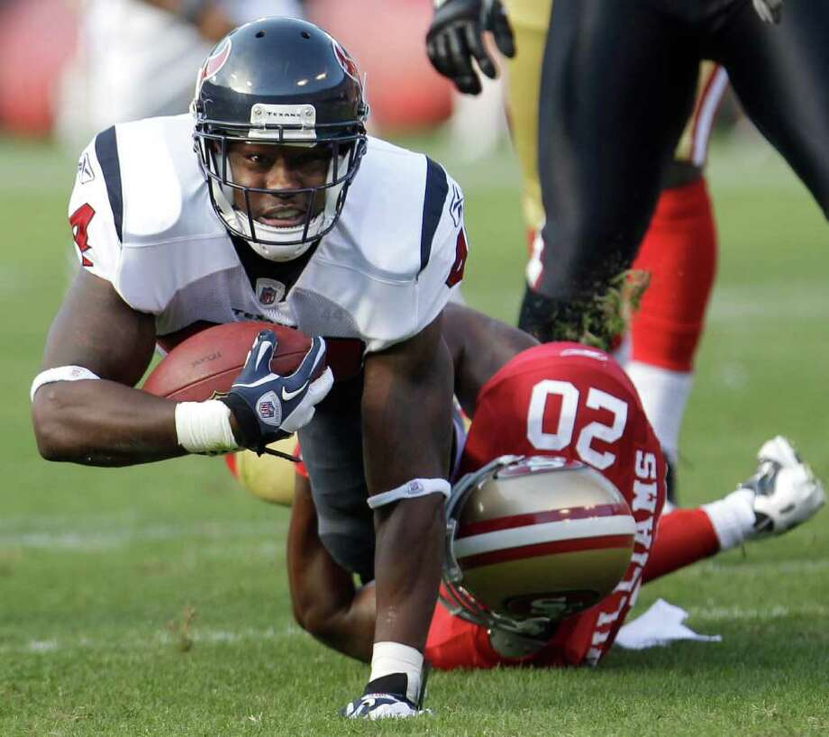 Running back Ben Tate is pushing to be Arian Foster's backup. Photo: Paul Sakuma, STF / AP