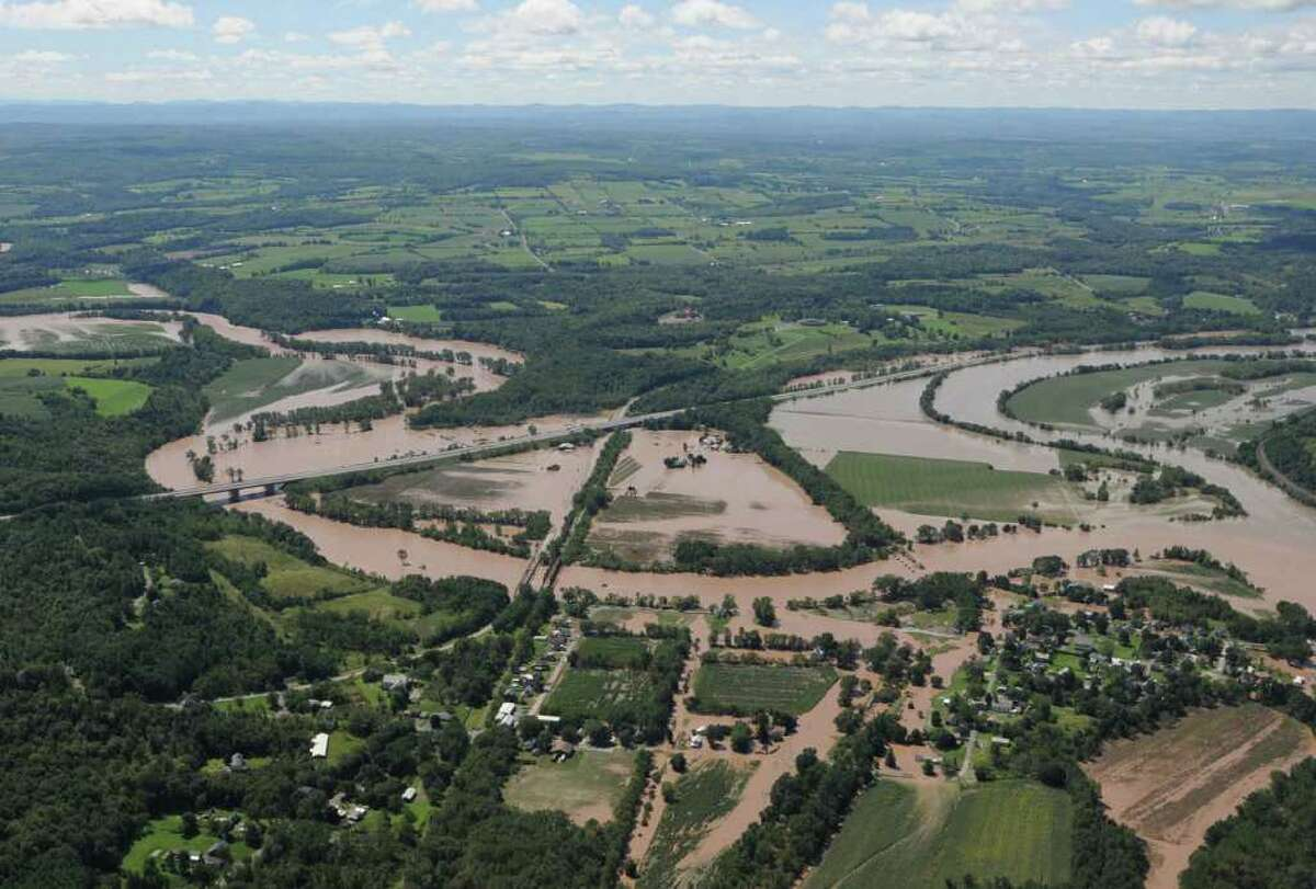 Flooding of the Schoharie at Fort Hunter N.Y. Monday Aug. 29, 2011. (Will Waldron / Times Union)