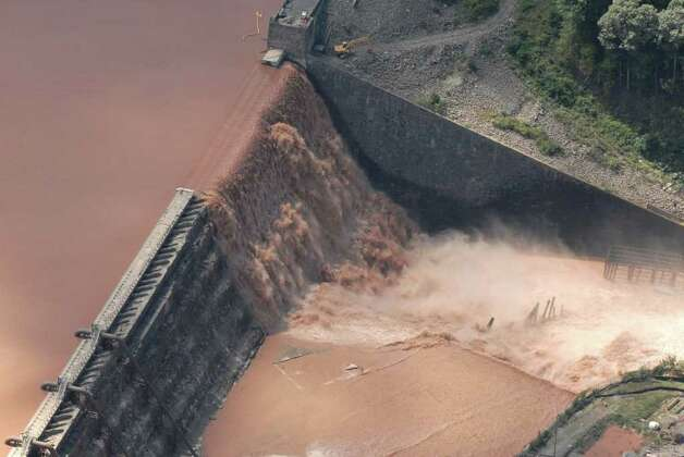 Water spills over the Gilboa Dam in Gilboa N.Y. Monday Aug. 29, 2011.  (Will Waldron / Times Union) Photo: Will Waldron, Albany Times Union