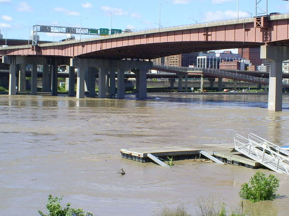 Under Dunn Memorial Bridge Photo: .