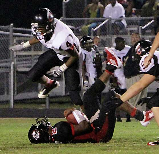 Kirbyville falls to Coldspring in season opener.