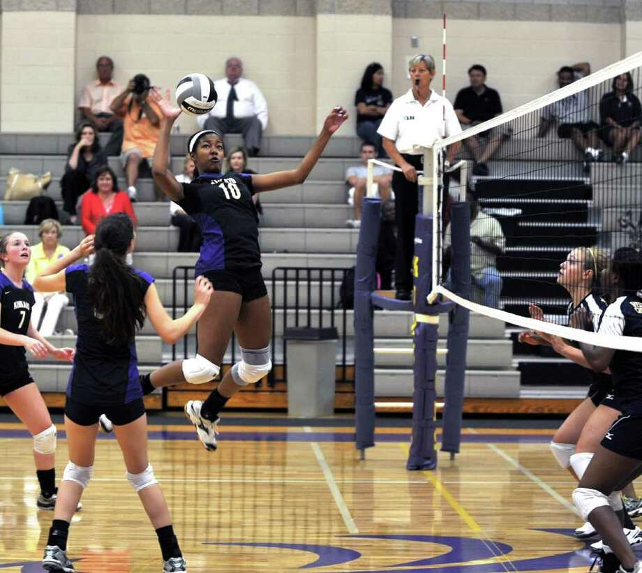 Westbury Christian volleyball team visited The Kinkaid High School for a girls volleyball game.         Kinkaid's #10 Brianna Allen jumped high to score a kill against Westbury Christian. Eddy Matchette Photo: Eddy Matchette, Freelance / SRIMER(@)JU