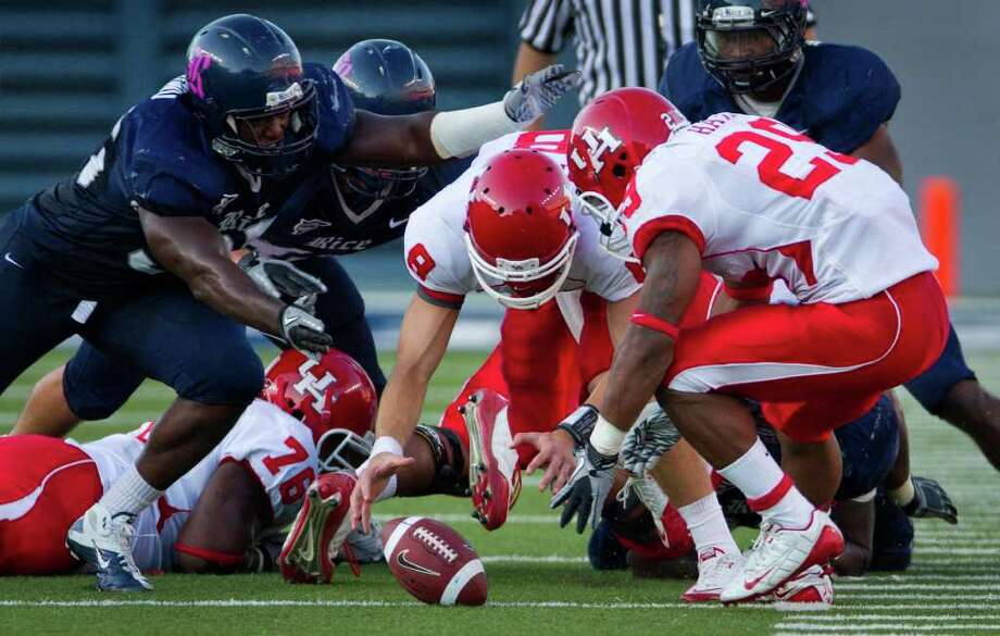 UH holds a 26-11 advantage in the all-time series between the teams. Photo: Smiley N. Pool, Chronicle / Houston Chronicle