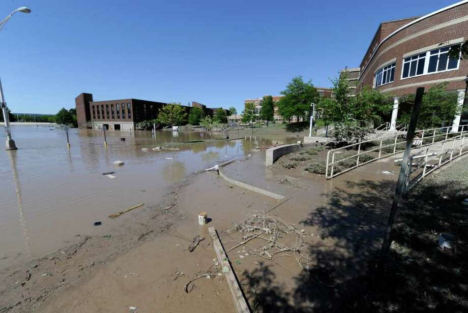 Schenectady County Community College's parking area is still under water from tropical storm Irene Schenectady, N.Y. Aug 30, 2011.    (Skip Dickstein/ Times Union) Photo: Skip Dickstein / 00014452A