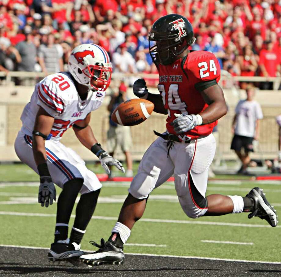 Texas Tech running back Eric Stephens scored six touchdowns last season and finished the season with 668 yards rushing on 127 attempts. Photo: G.J. McCARTHY/Staff Photographer / 10004841A