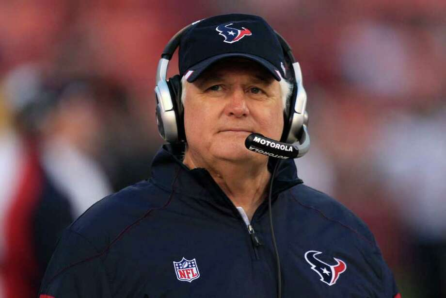 Under defensive coordinator Wade Phillips, the Texans are ranked No. 1 in total defense thus far in the preseason. Photo: Marcio Jose Sanchez, Associated Press / AP