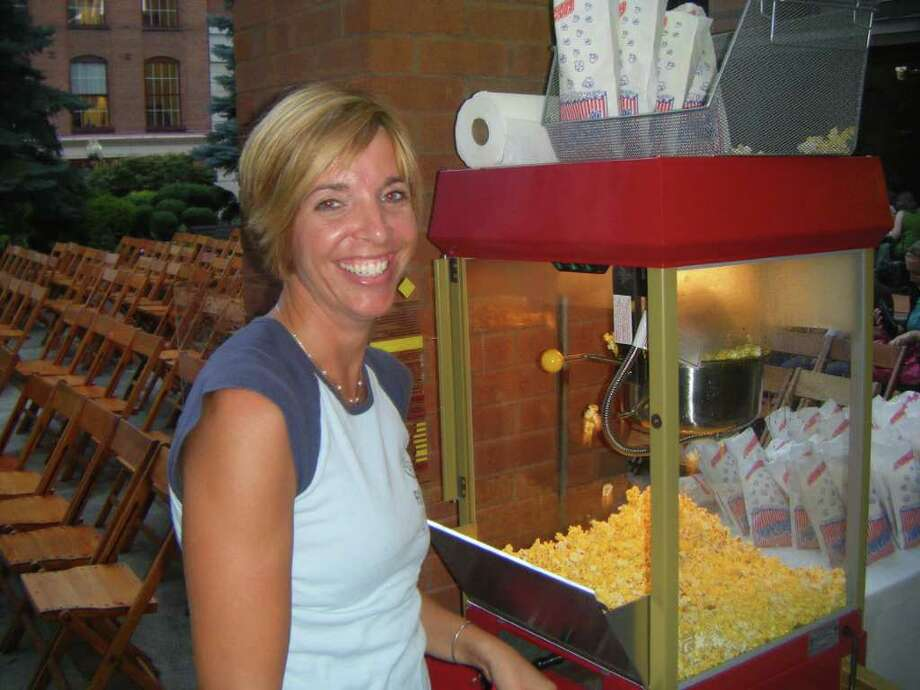 Were you SEEN at Taste for the 'Dirty Dancing' movie night on Tuesday, Aug. 30, 2011? Photo: Desiree' LaBombard