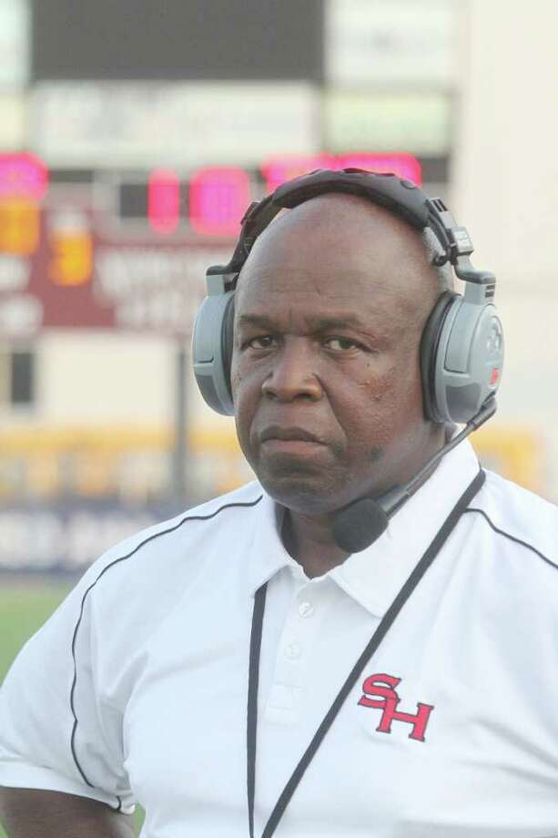 South Houston head coach C.L. Whinnington. Photo by Pin Lim. Photo: Pin Lim, Freelance / Copyright Pin Lim.
