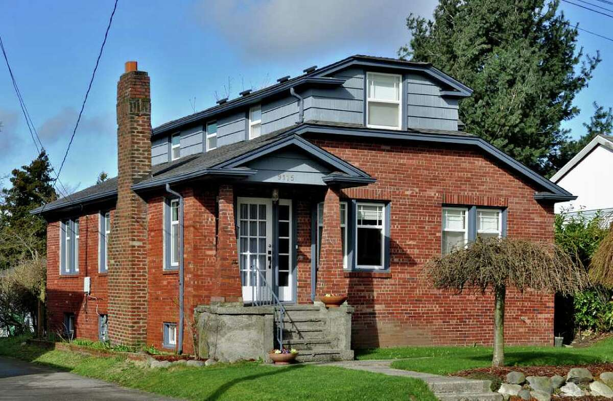 Maple Leaf is an increasingly popular North Seattle neighborhood featuring nice, old homes for less than many nearby hip areas. Here are three available for less than $400,000, starting with this