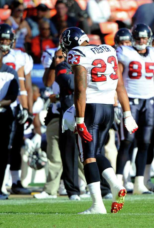Arian Foster re-injured his hamstring muscle during the Texans third preseason game. He's questionable for the season opener against the Colts. Photo: Thearon W. Henderson, Stringer / 2011 Getty Images
