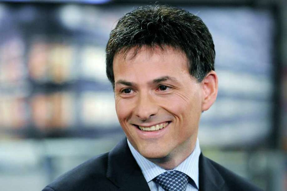 David Einhorn, president of Greenlight Capital Inc., smiles during a Bloomberg television interview in New York, U.S., on Thursday, Dec. 16, 2010. Einhorn ended discussions with New York Mets owners to buy a minority stake in the baseball team. Photographer: Jonathan Fickies/Bloomberg Photo: Jonathan Fickies, Bloomberg / © 2010 Bloomberg Finance LP