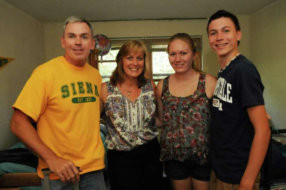 Seen: Siena College Freshmen Move In Day 2011 Photo: Siena College Communications Office