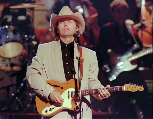 Dwight Yoakam. Photo: CHRISTOPHER BERKEY, STR / AP1995