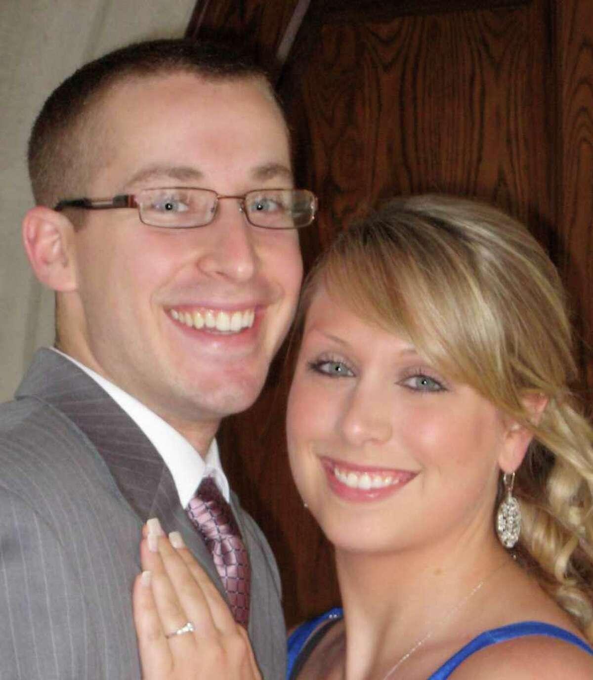 Lindsay Burke and Robert Accosta are engaged.