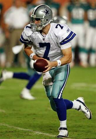 Dallas Cowboys quarterback Stephen McGee (7)  looks to pass during the first half of an NFL preseason football game against the Miami Dolphins, Thursday, Sept. 1, 2011, in Miami. (AP Photo/Wilfredo Lee) Photo: Wilfredo Lee, Associated Press / AP