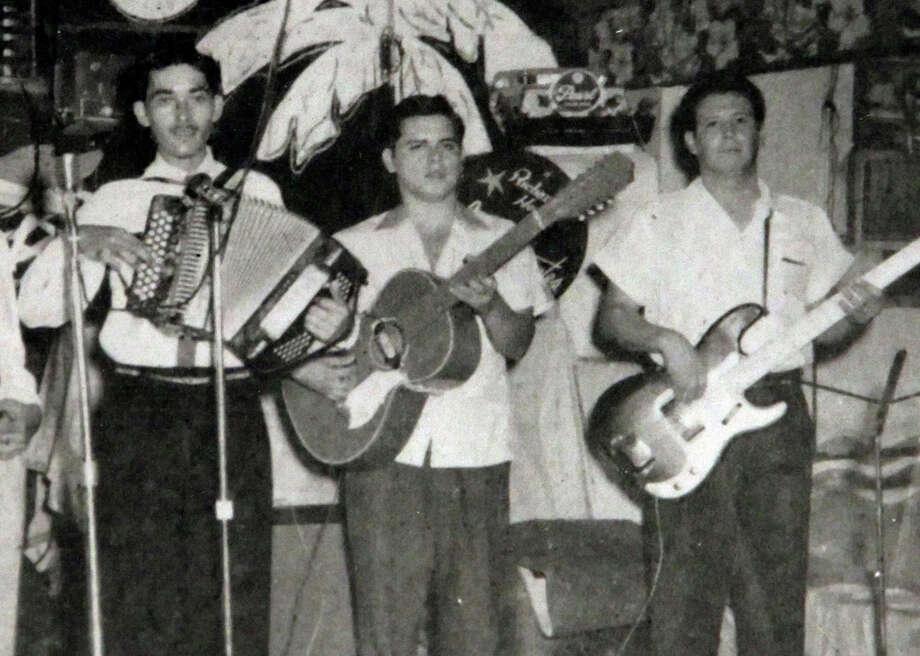 Hector Saldaña: A brotherly tribute - San Antonio Express-News