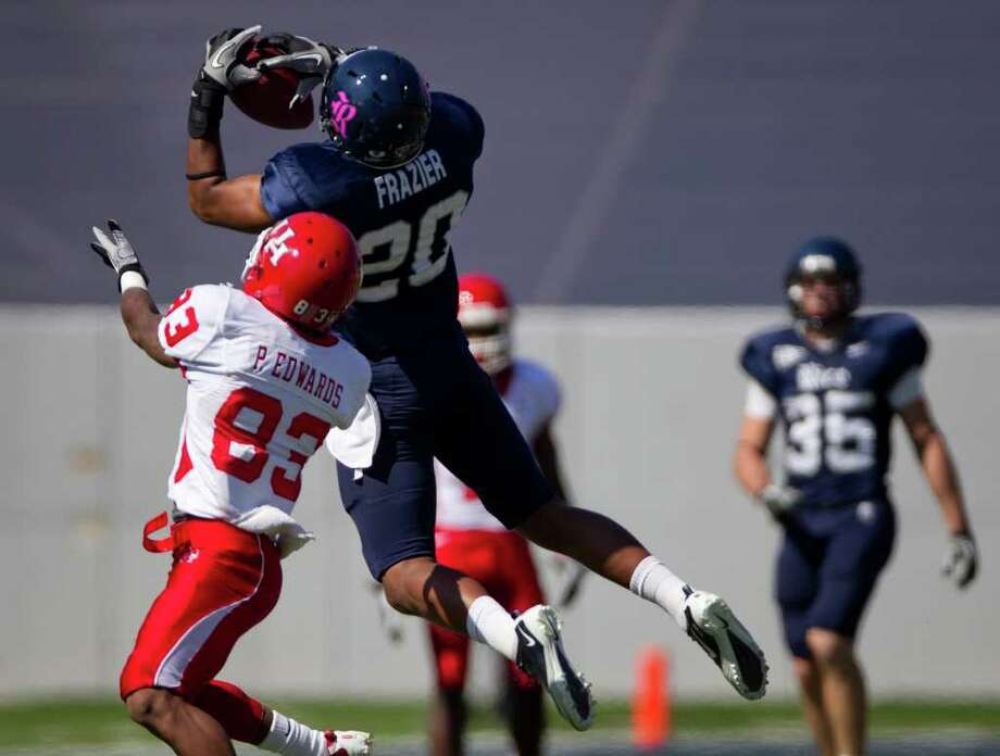 Safety Corey Frazier (20) says the Rice secondary is more confident this season. Photo: Smiley N. Pool, Chronicle / Houston Chronicle