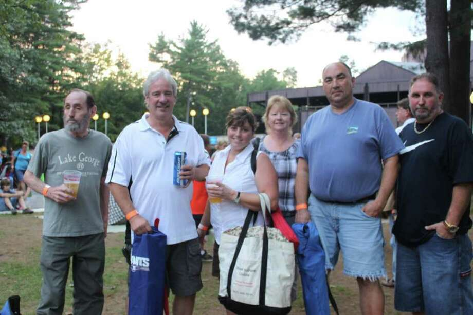 Were you SEEN at Journey at SPAC? Photo: Molly Eadie
