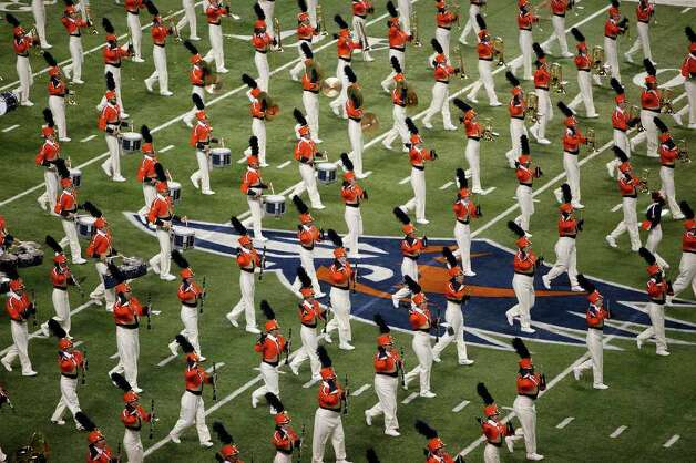 The UTSA Marching Band performs before UTSA's inaugural football game against Northeastern State at the Alamodome on Saturday, Sept. 3, 2011. LISA KRANTZ/lkrantz@express-news.net Photo: LISA KRANTZ, Express-News / SAN ANTONIO EXPRESS-NEWS