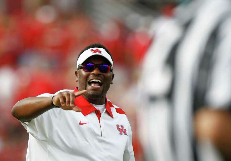Why shouldn't coach Kevin Sumlin and the Cougars be in the mix for conference titles with the likes of UCLA, columnist Jerome Solomon writes. Photo: Nick De La Torre, Houston Chronicle / © 2011 Houston Chronicle