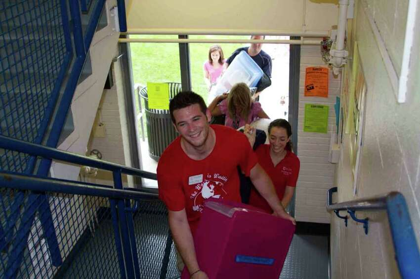 Freshman Move in, Fairfield University, September 4th, 2011