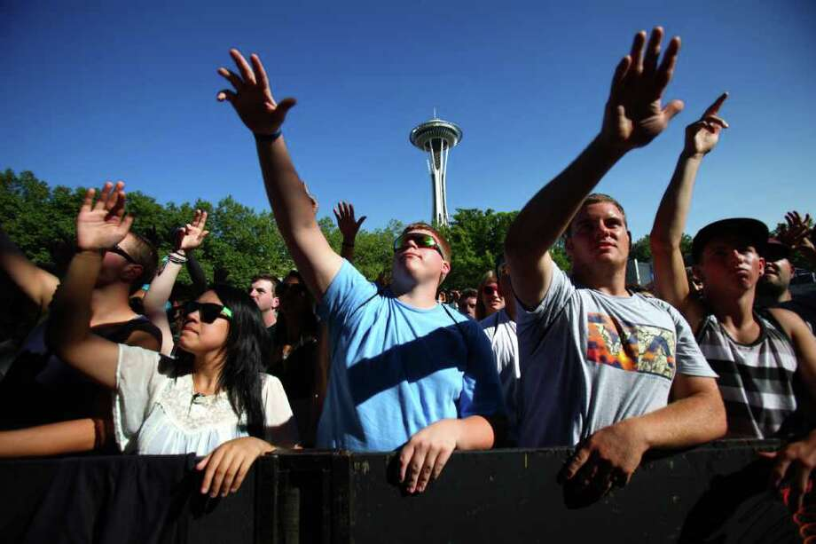 Fans watch Das Racist at the Fischer Green Stage. Photo: JOSHUA TRUJILLO / SEATTLEPI.COM