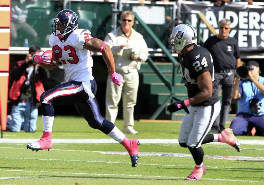 Week 5, Oct. 9. Noon, CBS. vs. Raiders. The defense comes through with four turnovers and six sacks. Foster rushes for 145 yards. Schaub throws three touchdown passes. Texans 33, Raiders 20. Record: 4-1 Photo: Brett Coomer, Chronicle / Houston Chronicle