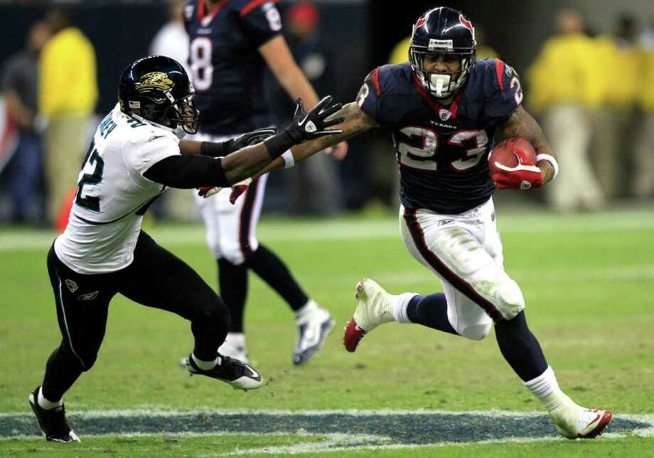 Week 8, Oct. 30. Noon, CBS. vs. JaguarsWilliams, Connor Barwin and Brooks Reed combine to sack rookie Blaine Gabbert five times. Danieal Manning intercepts two passes. Score: Texans 34, Jaguars 10. Record: 6-2 Photo: Brett Coomer, Houston Chronicle / Houston Chronicle