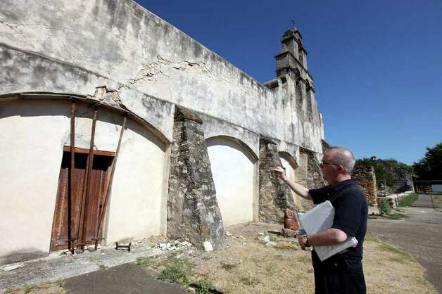Father Jim Galvin shows Mission San Juan Capistrano church which is under renovation Sunday Sep. 5, 2011. Photo: EDWARD A. ORNELAS, Edward A. Ornelas/Express-News / © SAN ANTONIO EXPRESS-NEWS (NFS)