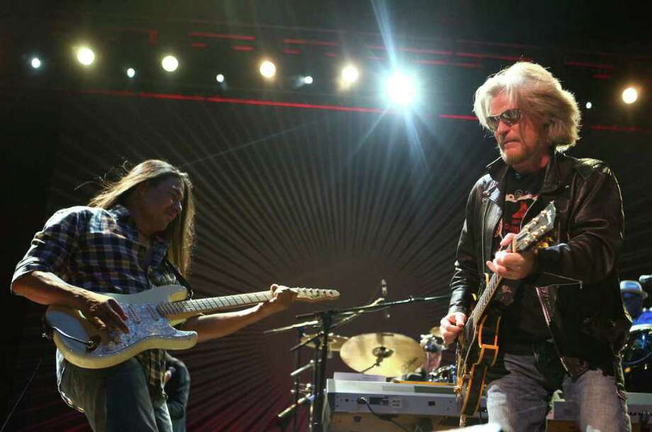 Daryl Hall, right, of the duo Hall & Oates, performs on the Bumbershoot Mainstage. Photo: JOSHUA TRUJILLO / SEATTLEPI.COM