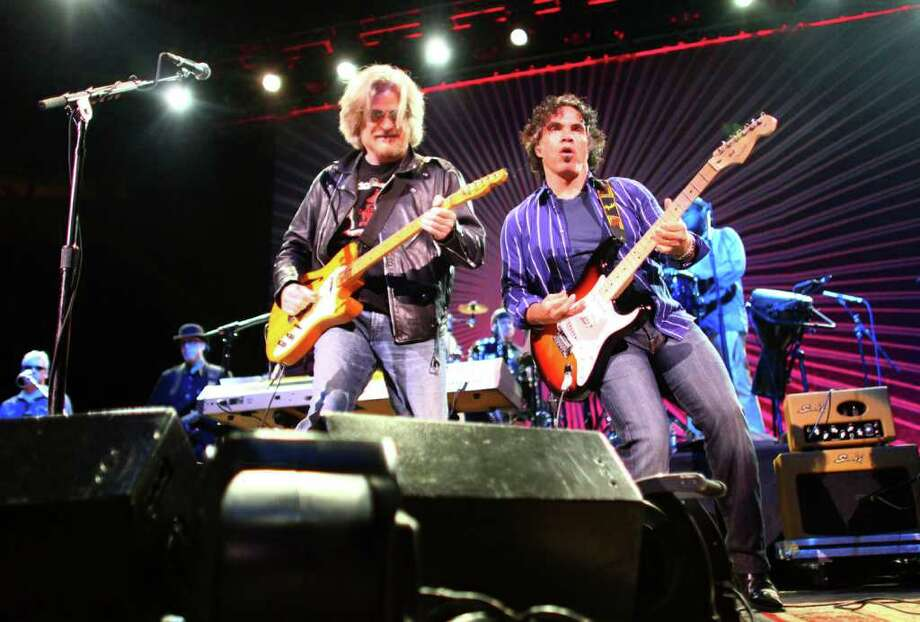Daryl Hall, left, and John Oates of the duo Hall & Oates perform on the Bumbershoot Mainstage. Photo: JOSHUA TRUJILLO / SEATTLEPI.COM