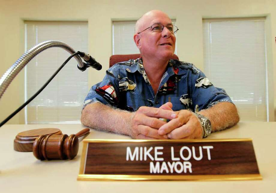Jasper Mayor Mike Lout. Photo: Karen Warren, Staff / © 2011 Houston Chronicle