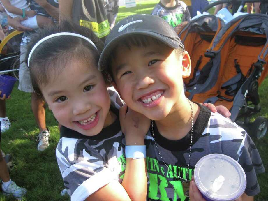 COURTESY THUY TRAN SIBLINGS: Autumn Tran, 6, and Austin Tran, 8, both are allergic to peanuts, milk and eggs. They recently outgrew a wheat allergy, and Autumn had been allergic to beef at one time, too.