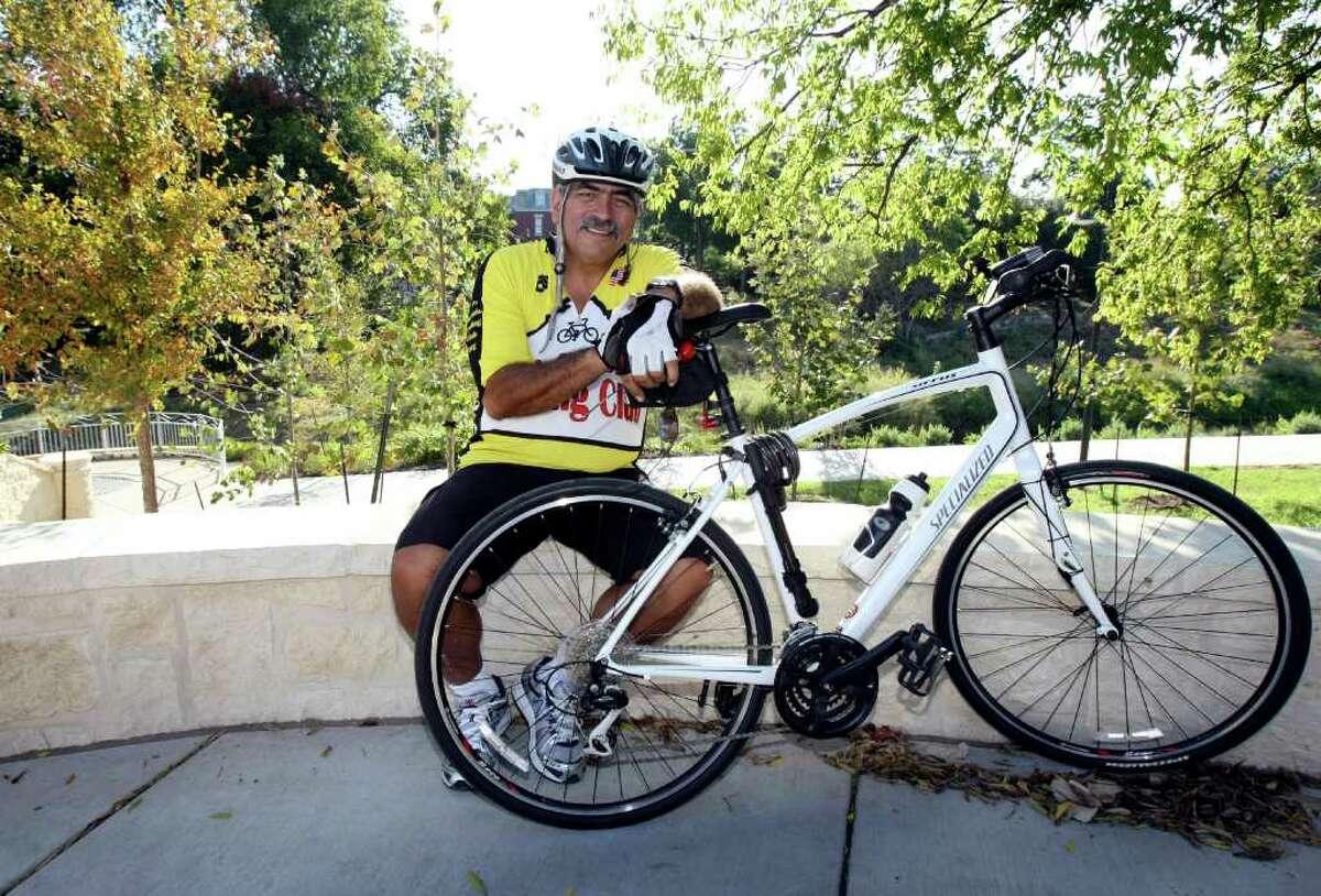 CONEXION: Pete Ruiz is an avid cyclist, photographed Friday Aug. 5, 2011. HELEN L. MONTOYA/hmontoya@conexionsa.com
