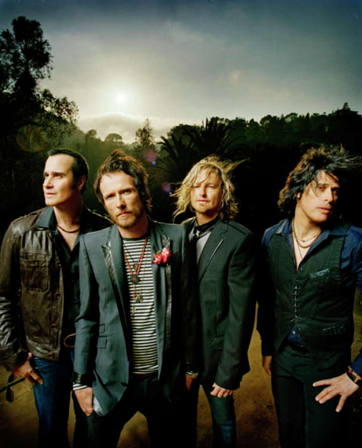 STONETEMPLEPILOTS.COM MEMBERS OF THE STONE TEMPLE PILOTS showed touching concern when singer Scott Weiland, second from left, was sentenced to eight days behind bars.