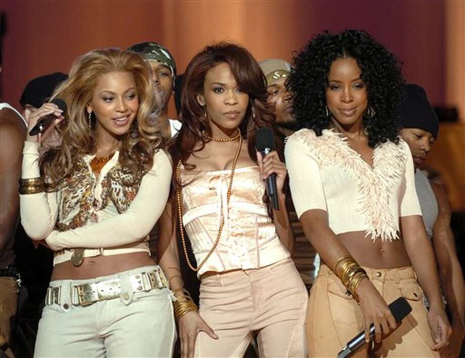 """Independent Women Part 1"": Another groove-heavy chart-topper, and it was also featured in the 2000 ""Charlie's Angels"" reboot. / AP2004"